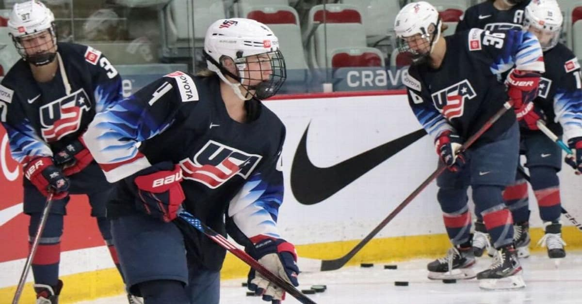 USA women's hockey getting younger